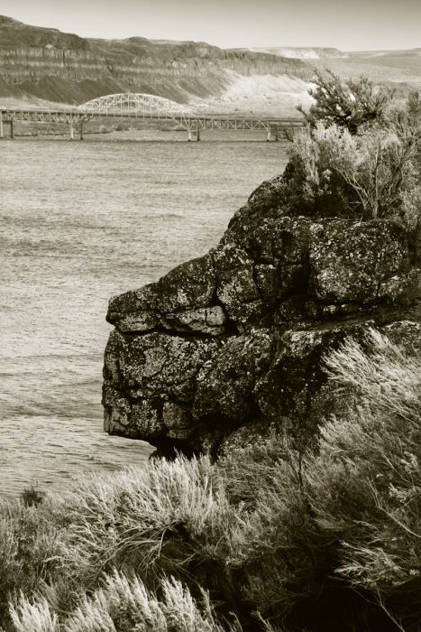 Lion's Head, a found rock formation near Vantage in Eastern Washington, with Columbia River in background